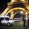 Parigi, evacuata la Torre Eiffel per un allame terroristico: 1.500 turisti in strada