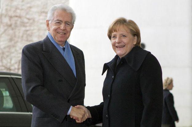 Monti: Abbiamo fatto sacrifici, la Ue riduca i tassi. Merkel: dall'Italia cose straordinarie