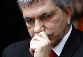 Asl Bari, la procura chiede 20 mesi per Vendola e Cosentino. Per abuso di ufficio: Il governatore: Se condannato lascio politica