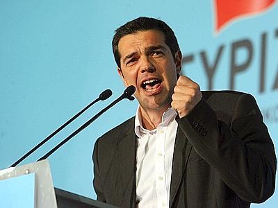 Bruxelles, Tsipras chiede la rinegoziazione del debito, la Merkel di far rispettare la Troika. La Francia prova a fare da mediatore