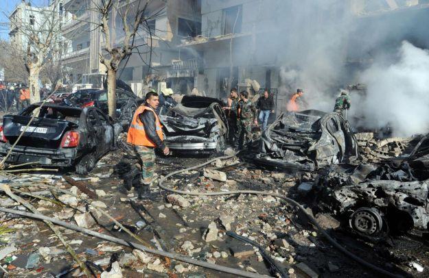 La Siria brucia: due forti esplosioni a Damasco. Oltre 40 morti nella capitale