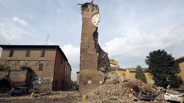 Trema l'Emilia, sisma del sesto grado uccide 7 persone. Panico e ingenti danni nel Nord Est