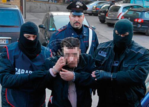 Terrorismo, blitz dei Ros: 10 arresti tra gli anarchici. Vicini a chi ha sparato ad Adinolfi