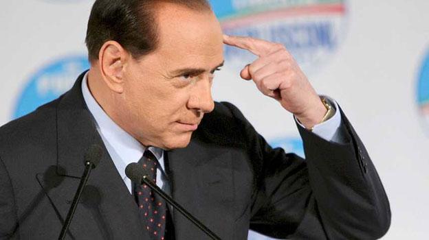 Berlusconi: Il nuovo partito si chiamerà Forza Italia. Poi ci ripensa: Sono stato equivocato