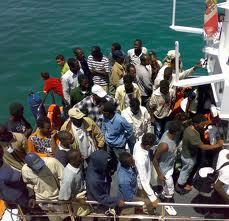 """Tragedia in Libia, affonda barcone di immigrati: 40 morti. Mazek: """"La Libia ha pagato un prezzo. Ora è il turno dell'Europa"""""""