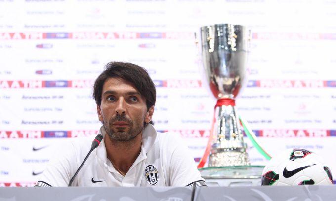 La Juventus vince la Supercoppa tra le polemiche, Napoli furioso salta la premiazione