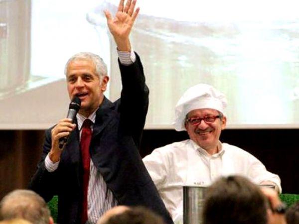 La Lega spaccata salva Formigoni: Resto fino al 2015. Ma Berlusconi lo molla: Devi lasciare