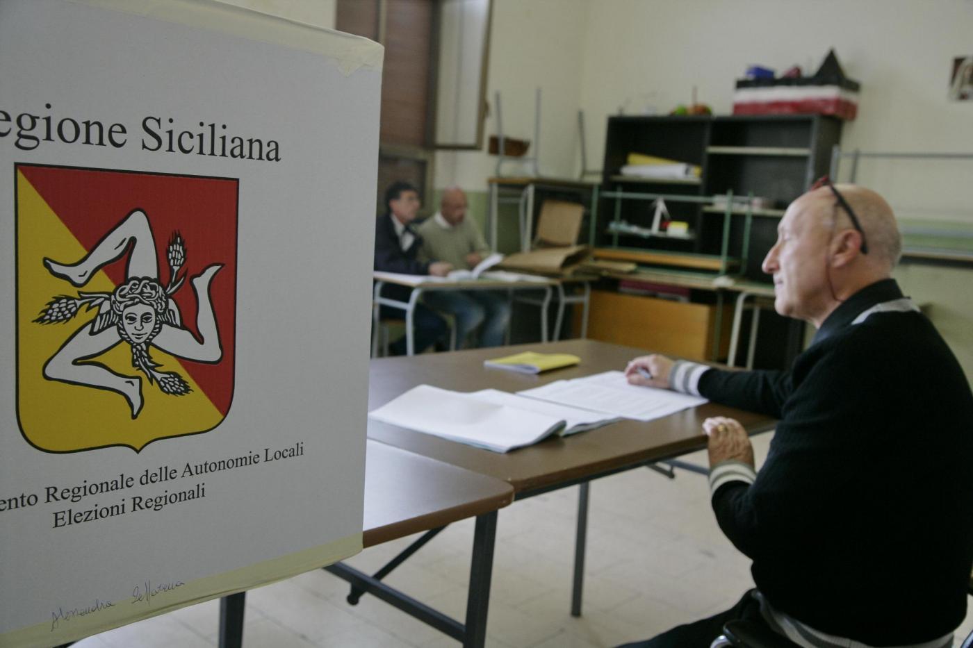 Elezioni Sicilia, vince l'astensionismo: il 53% non vota. In vantaggio Pd e Udc con Crocetta