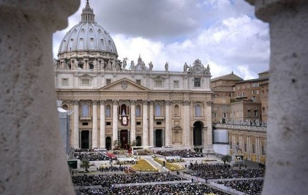 L'Imu estesa ai beni della Chiesa, il Consiglio di Stato boccia il decreto. Deve essere corretto