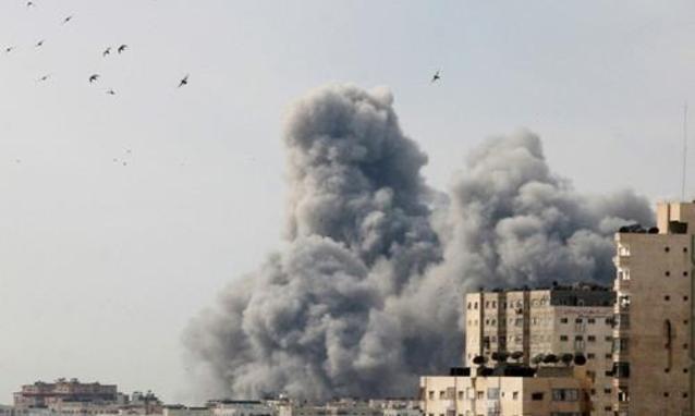 Guerra a Gaza: raid israeliani fanno 13 morti. Offensiva palestinese: 3 vittime in Israele