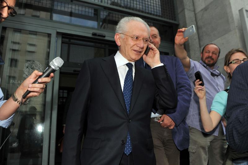 """Sequestro lampo con ricatto (35 milioni) per il """"cassiere"""" di Berlusconi: sei arrestati"""