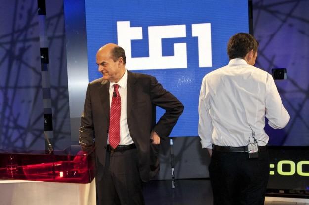Tutti contro Renzi, esposto dei quattro candidati: Pagine a pagamento viola le regole