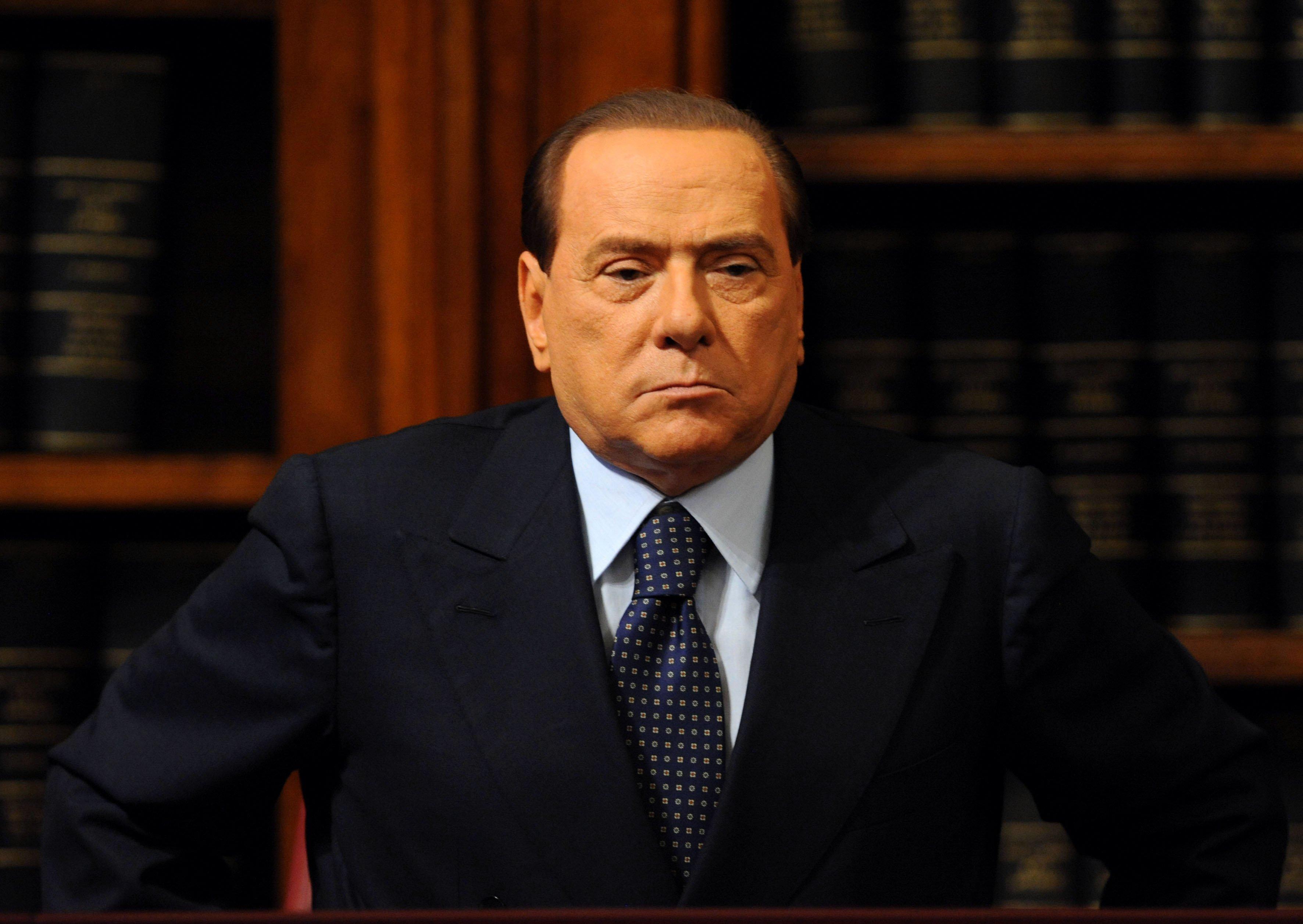 La Lega chiude la porta a Berlusconi. Ma il Cavaliere rilancia: Vinciamo anche da soli