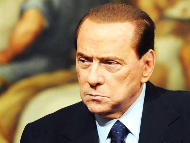 Berlusconi: lo spread è un imbroglio. Berlino: Non usi Germania per campagna populista