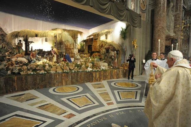 Il Papa: Pace per i poveri e i migranti esclusi come Gesù e la sua famiglia a Betlemme