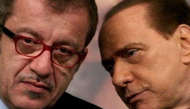 """""""Berlusconi presidente"""" sul simbolo del Pdl. Maroni precisa: Solo il leader del suo partito"""
