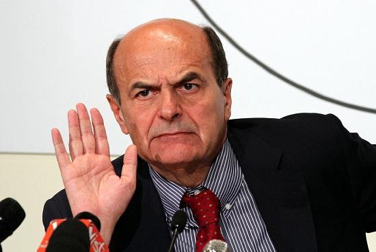 Bersani: Sorpasso di Berlusconi? Lo vedo col binocolo, niente fiato sul collo