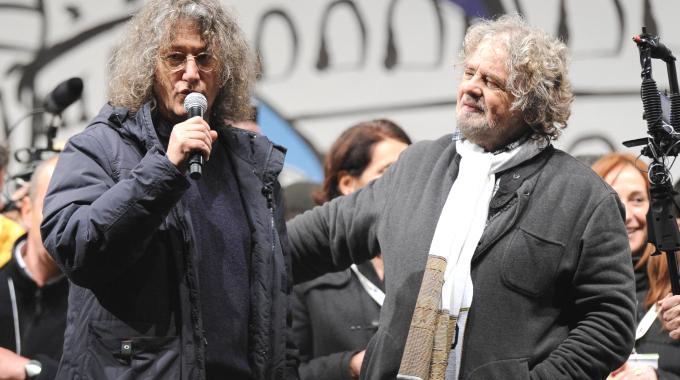 """Grillo e Casaleggio al vertice di Roma. Il nuovo premier? Il leader M5S: """"Passera"""""""