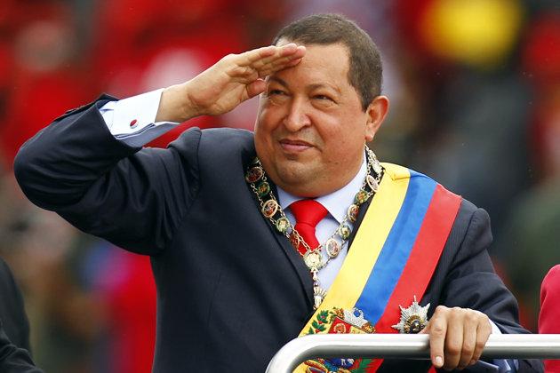 """Venezuela, è morto Hugo Chavez. Il vice Manduro accusa: """"Contagiato come Arafat"""""""