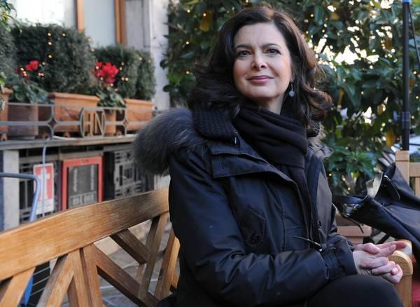 """Laura Boldrini ai 5 Stelle: """"La presenza del mio compagno sul volo per il Sudafrica e' stata costo zero. Critiche di una arretratezza sessista"""""""