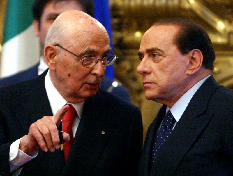 """Napolitano propone il compromesso storico: """"Ci vuole coraggio per un'inedita larga intesa"""""""