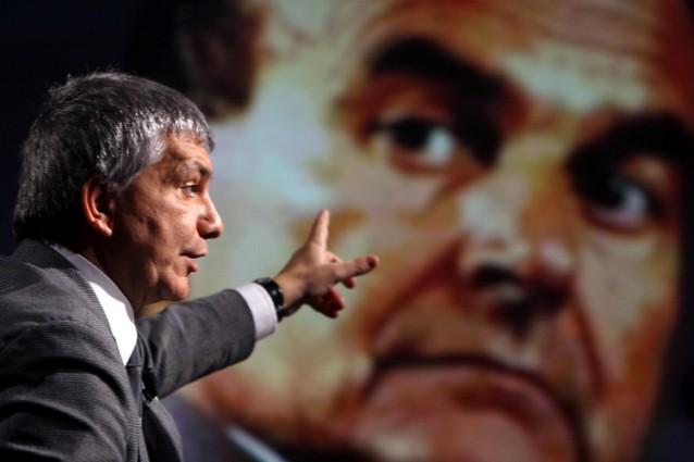 Consultazioni, Vendola: l'incarico a Bersani. Berlusconi apre al leader del Pd: larghe intese