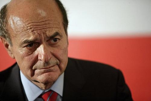 Parma, Bersani lascia il reparto di rianimazione. Decorso positivo per l'ex segretario del Pd. Resta sotto stretta sorveglianza medica