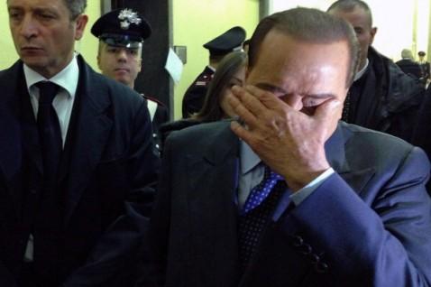 Frode fiscale Mediaset, Berlusconi condanna definitiva a 4 anni. Ora agli arresti domiciliari