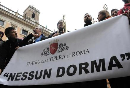 Tagli all'Opera di Roma, dipendenti in sciopero: salta la prima dell'Ernani diretta da Muti