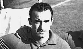 """Addio Amadei, """"l'ottavo re di Roma"""" muore a 92 anni. Fu il centravanti del primo scudetto giallorosso"""