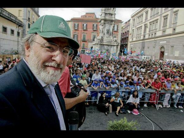 """Addio Marcello D'Orta, da ex maestro a celebrato scrittore (""""Io speriamo che me la cavo""""). Stava lavorando a un libro su Gesu'"""