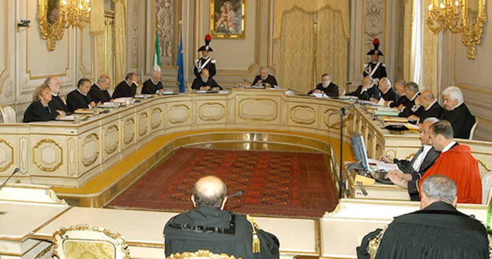 """La Consulta boccia il Porcellum: """"Illegittimo su preferenze e premio di maggioranza"""""""