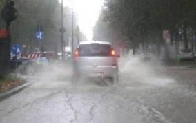 Emergenza maltempo, nubifragi al Sud. Calabria a rischio alluvioni, allerta in Molise e gelo in tutta Europa