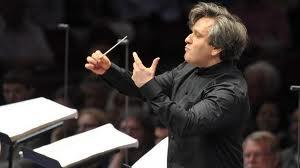 Orchestra Accademia S.Cecilia, sulle ali del classicismo viennese la magistrale interpretazione del pianista rumeno Radu Lupu