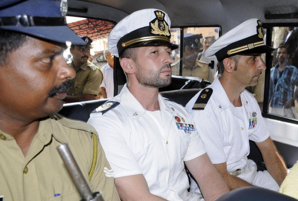 """Caso Marò, brutte notizie dal governo indiano: """"Non è solo una discussione fra due esecutivi, decide la magistratura indiana"""""""