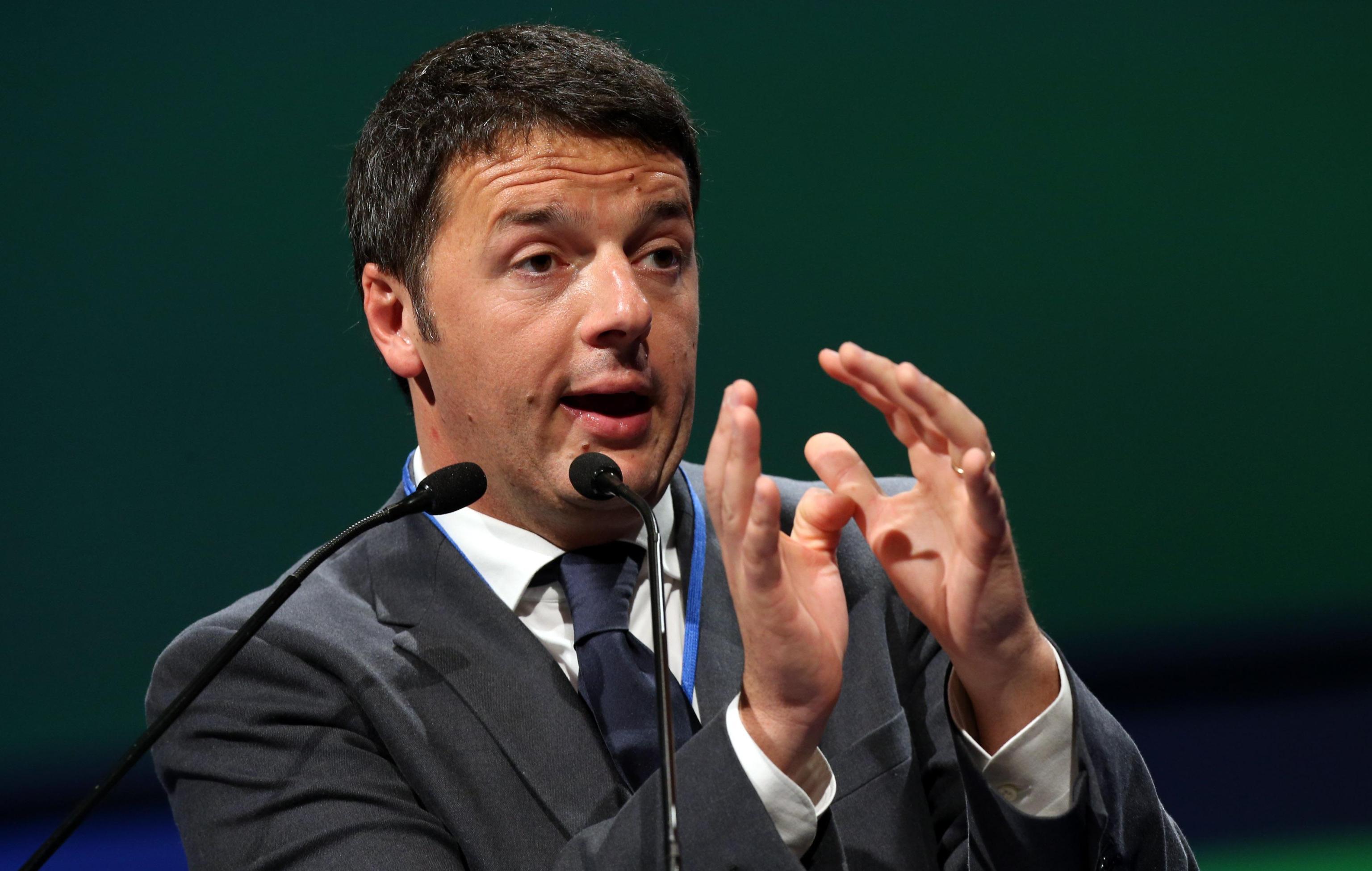 """Senato secondo Renzi: """"150 eletti tra sindaci e presidenti di Regione senza stipendio"""""""