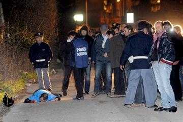 Arzano, killer in un centro estetico: Due uomini uccisi