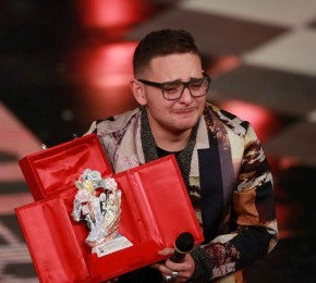 Sanremo Giovani, vince Rocco Hunt con il rap sulla Terra dei Fuochi. Al secondo posto Diodato con 'Babilonia'