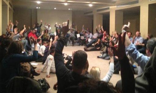 Buoni e cattivi nel M5S, Grillo sfiducia il sen. Orellana e una assemblea decidera' l'espulsione dei 4 non allineati