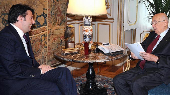 """Renzi riceve l'incarico dal Colle: """"Una riforma al mese, subito legge elettorale e lavoro"""""""