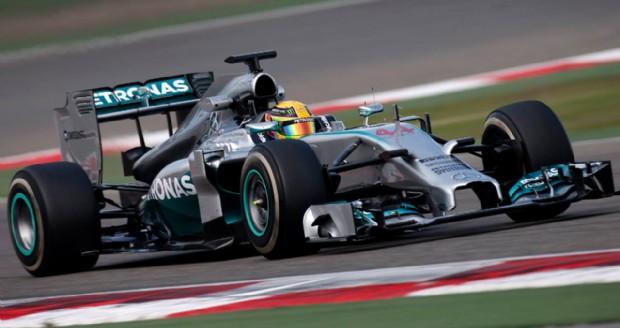 Gp Malesia, show solitario della Mercedes di Hamilton . La Ferrari non decolla e Alonso non sale sul podio