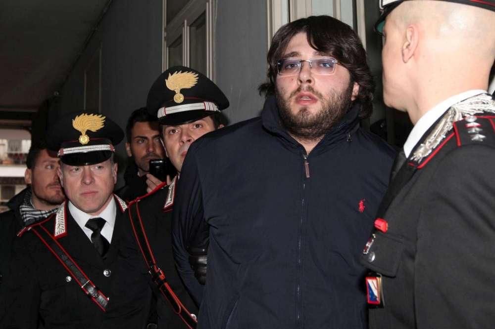 Caserta, arrestato per estorsione Carmine Schiavone, figlio del superboss Nicola, detto Sandokan