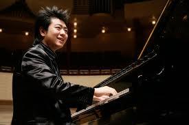 Auditorium, emozionante performance del pianista cinese Lang Lang. Pappano alla direzione dell'orchestra Accademia S.Cecilia