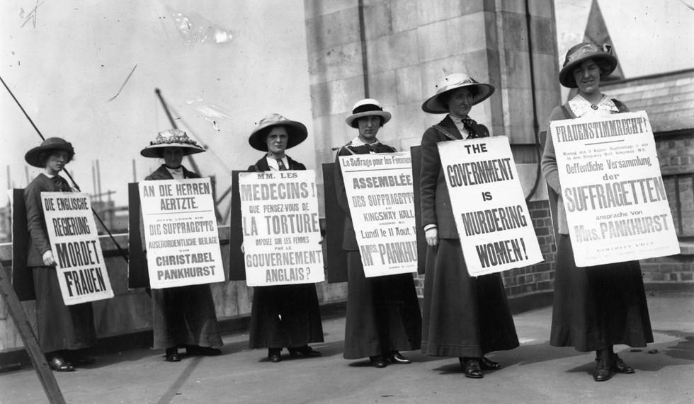"""8 Marzo, """"Le donne meta' del Paese ma non del Parlamento"""". Boschi: si cambia la legge"""