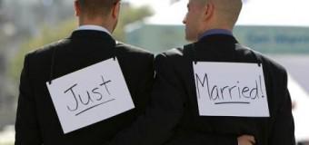 """Londra, celebrati i primi matrimoni gay. L'arcivescovo di Canterbury: """"La legge è cambiata, accettiamo la situazione"""""""