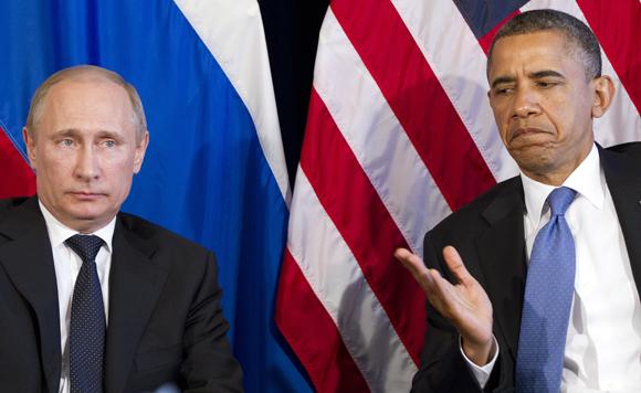 """Ucraina, Obama telefona Putin: """"risolvere la situazione diplomaticamente"""""""
