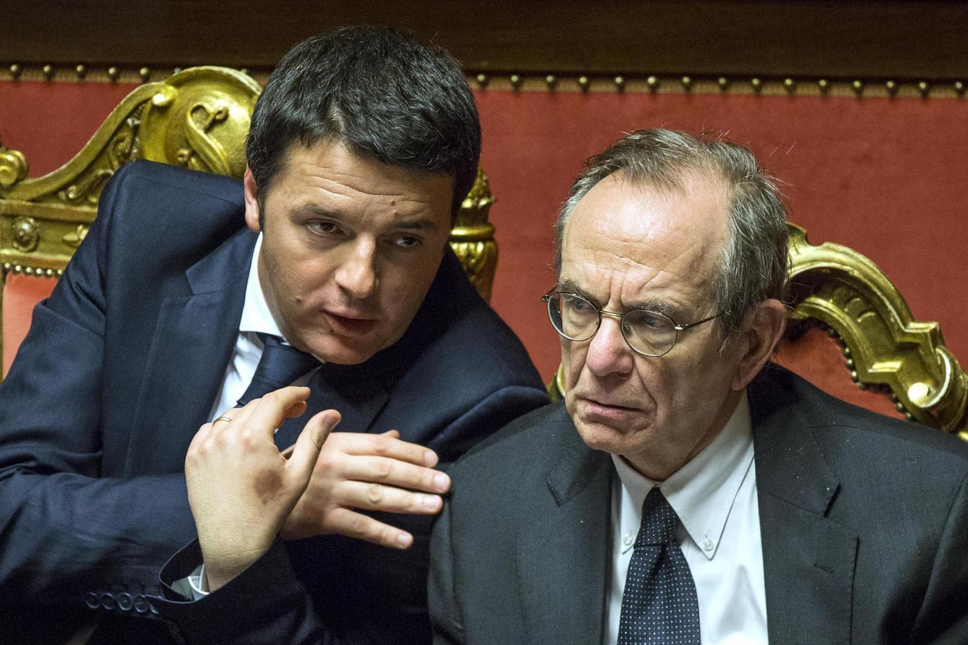 Piano Renzi, via libera della Commissione europea. Tagli solo per le pensioni d'oro