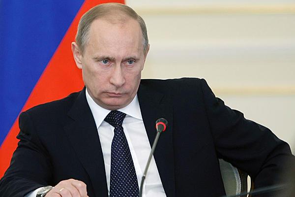 """Russia, dure dichiarazioni di Putin: """"Per la Crimea avrei usato anche l'atomica"""""""
