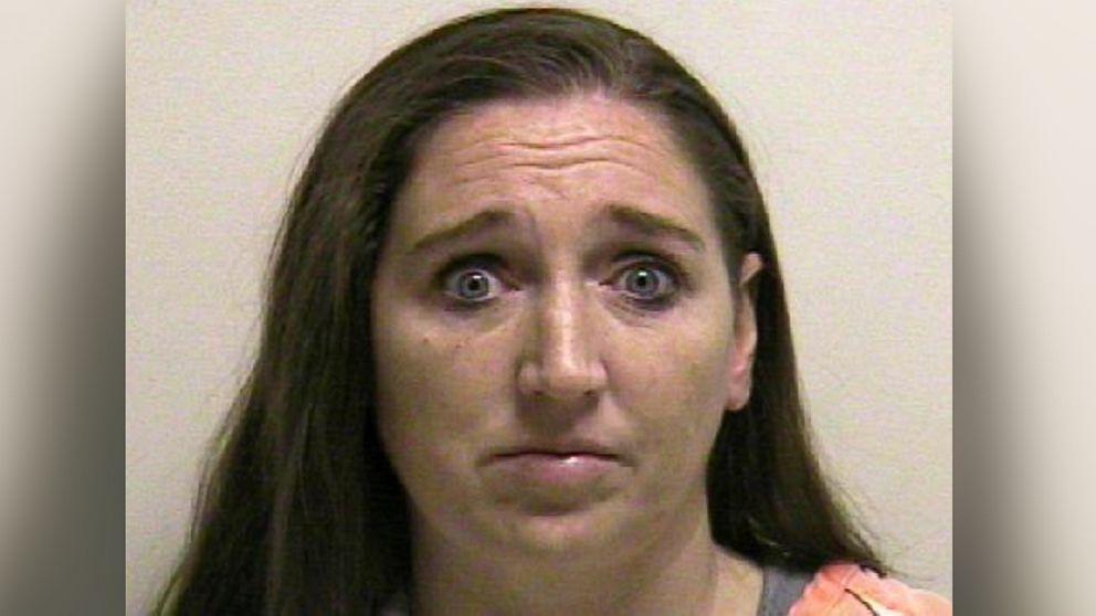 Usa, scoperta casa degli orrori nello Utah. Ha partorito 7 figli, li ha uccisi e nascosti in scatole. Arrestata 39 enne mormone