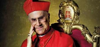 """Super attico, il cardinale Bertone si difende: """"Il Papa sa tutto, la ristrutturazione l'ho pagata di tasca mia"""""""